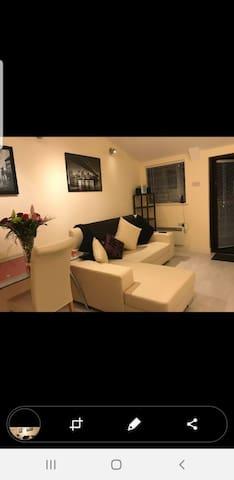 Stunning Luxurious Studio Apartment