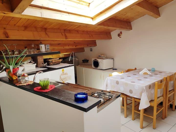 Cute attic flat in Corniglia, heart of 5Terre