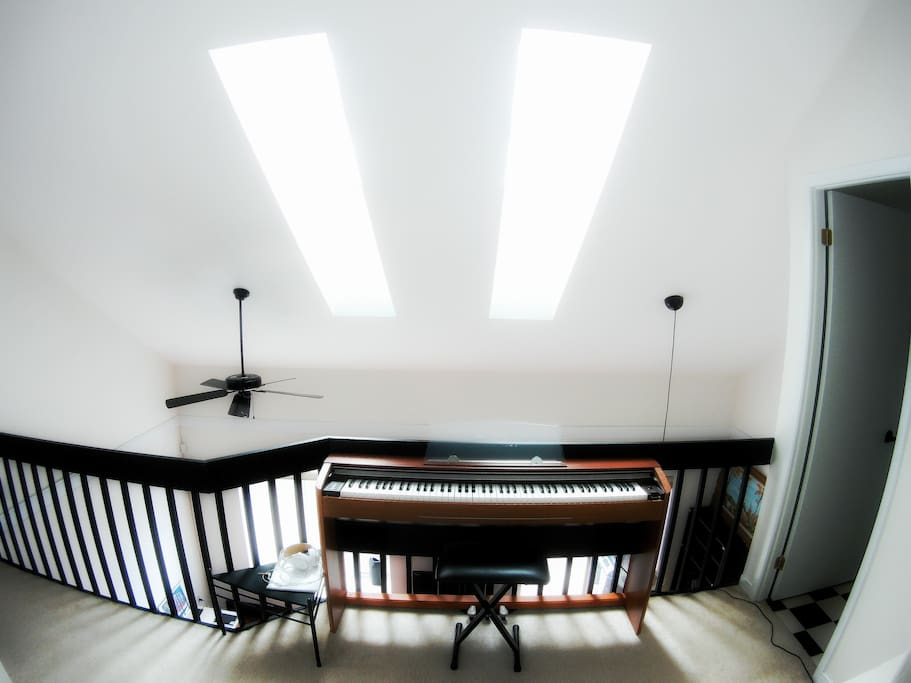 piano stage!