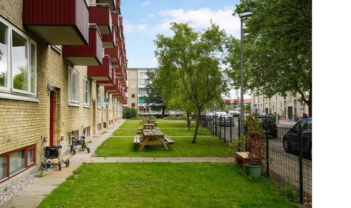 300m til Metro med 5min lufthavn/12min København C