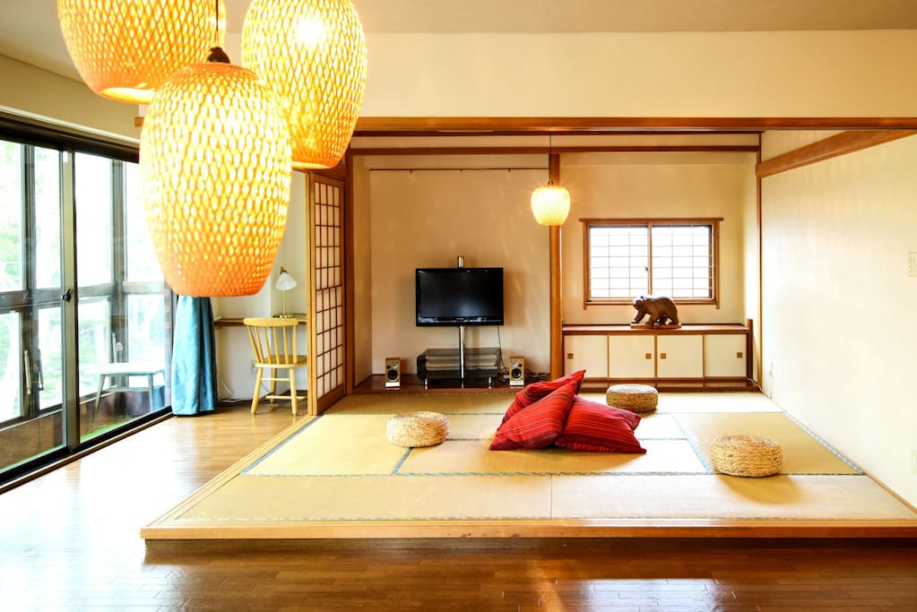 The Japanese tatami mat area is a place of relaxation: chill out to gain your power back for more adventures in Sapporo!
