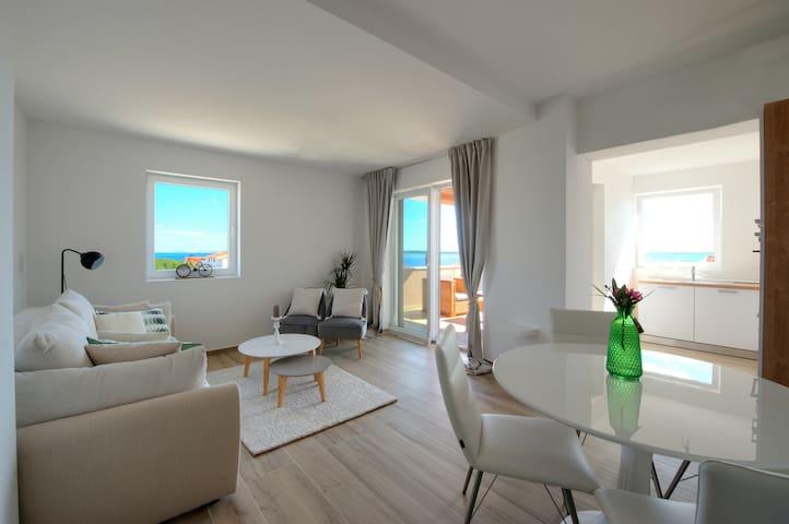 Deluxe Villa No.10 (Family hotel) -Apartment for 5