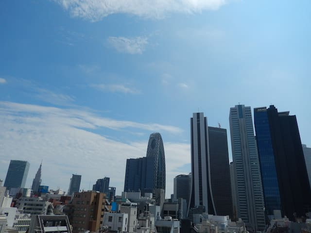 Amazing location Studio apartment in Shinjuku ! - Shinjuku-ku - Leilighet