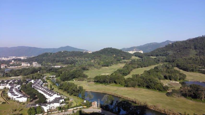 雍泉山庄迷人的公寓洋房带停车位,安静的享受高负离子原生态所带来的健康环境