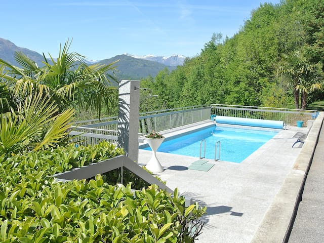 3-room apartment 61 m² Aldesago Monte Brè (Utoring) for 4 persons