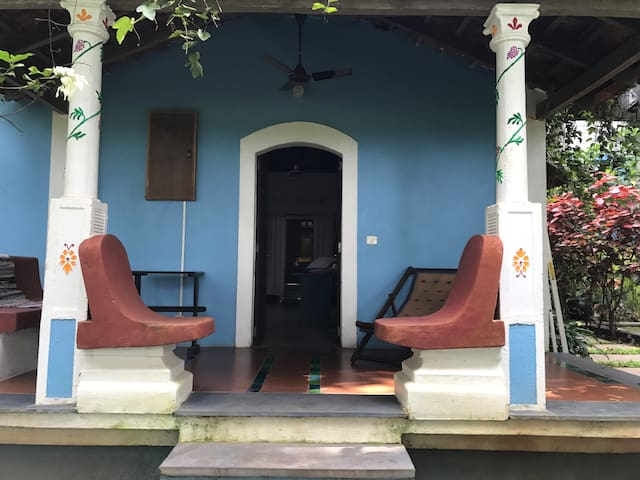 Artists' and writers' retreat in North Goa