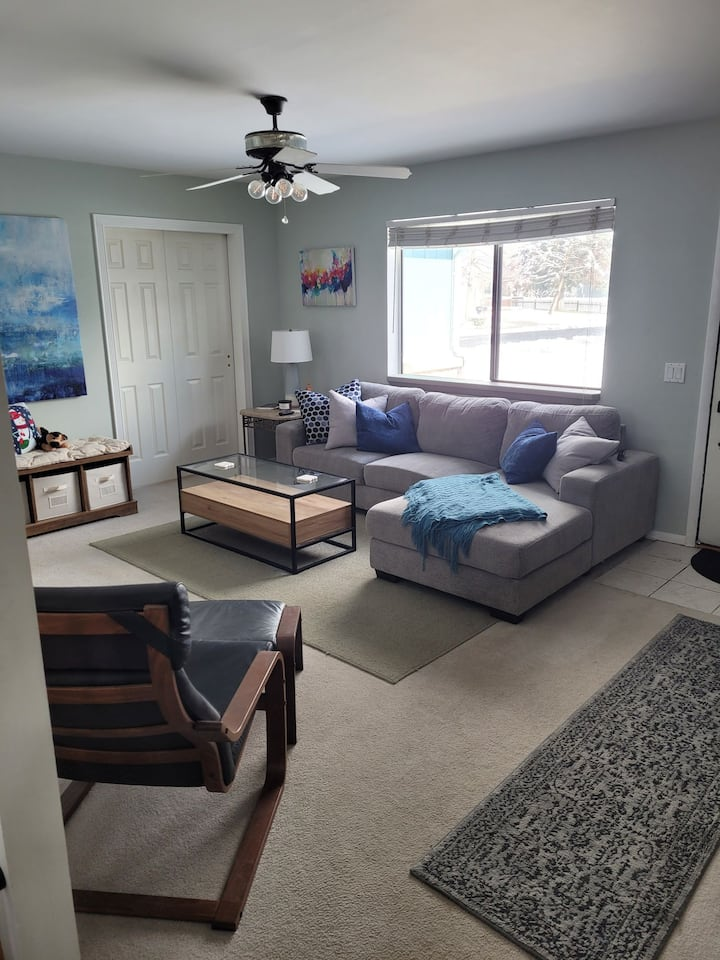 Rooms in Arvada for Ski Season