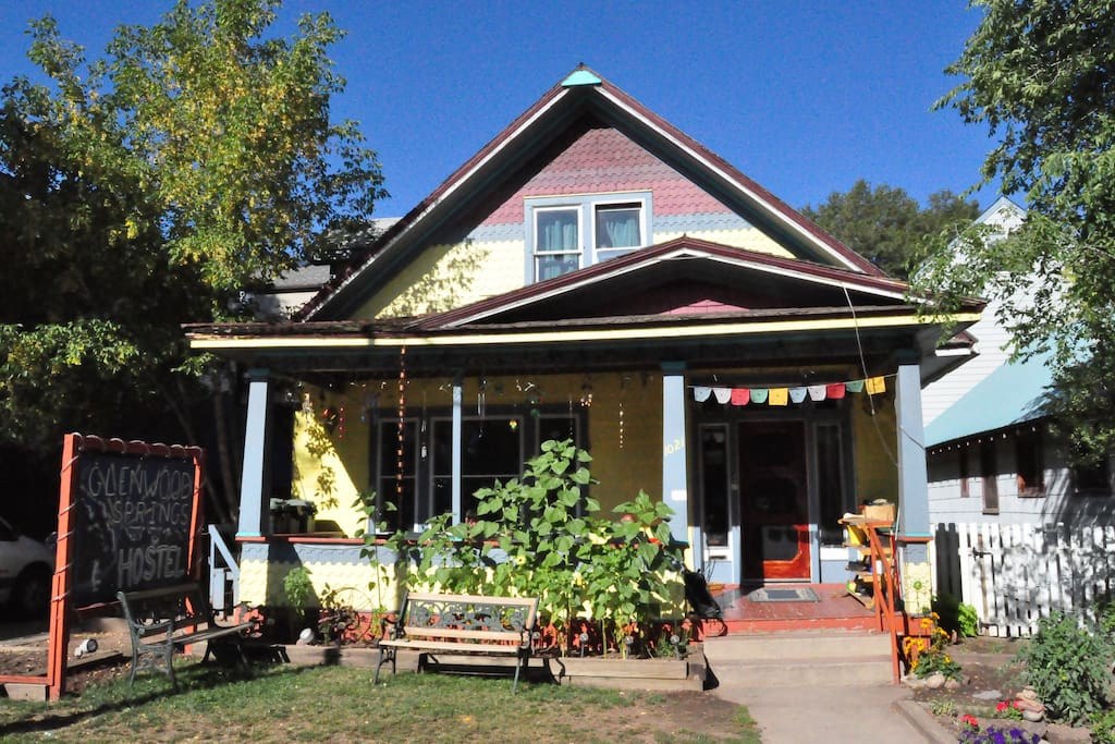 Easy to find location downtown Glenwood Springs