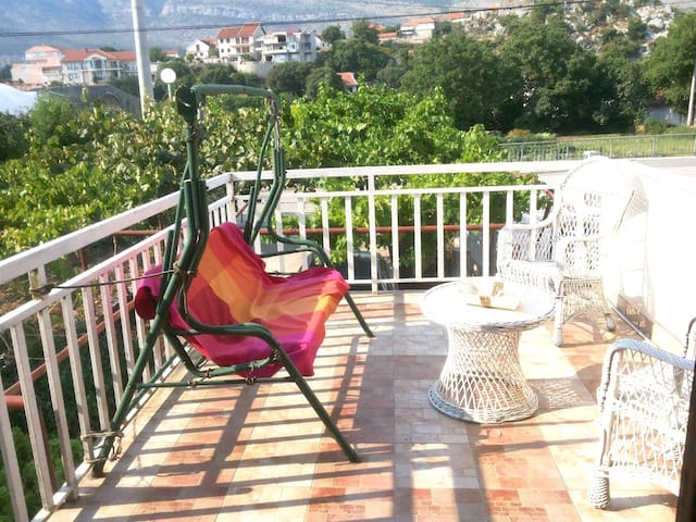 LA - first studio apartment - Trebinje - Appartement