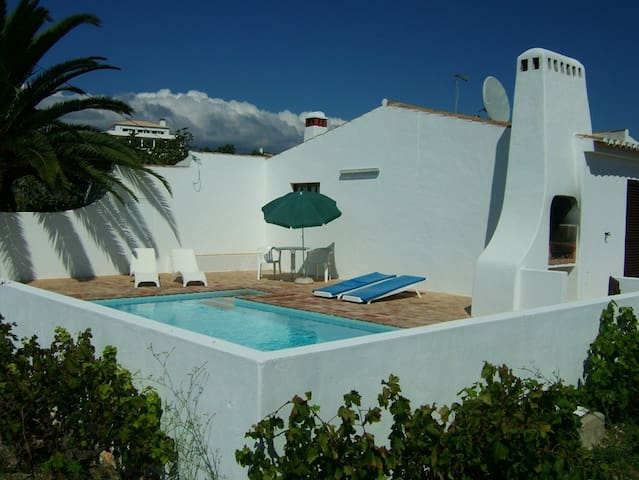 Quiet home in countryside, private pool,2km to sea - Luz - Villa