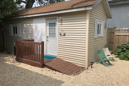 Studio with Private Outdoor Space in Beach Haven