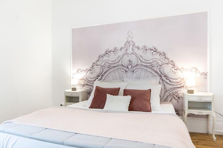 """Coeur historique: appartement 40m2 """"Le Coin Caché"""""""
