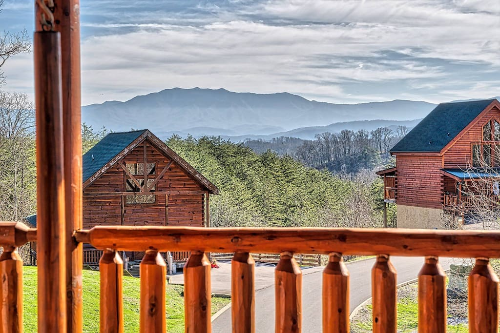 Amazing View Great Game Room 50 Off Zipline Cabins