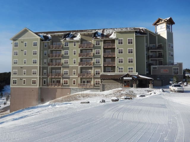 Soaring Eagle Lodge is the highest ski lodge east of Colorado.