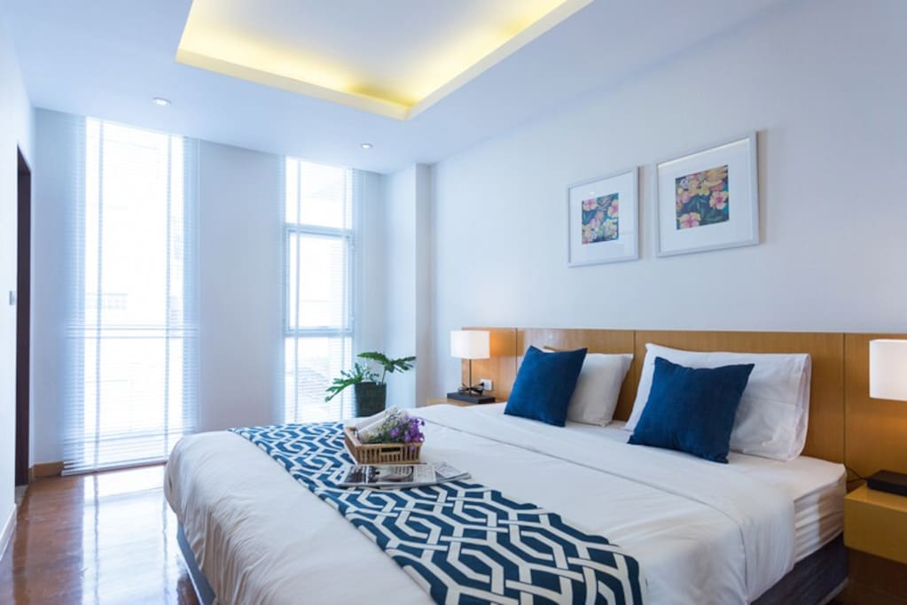 First Bedroom with modern dimming light suit for your sleep, make your everyday life likes vacation.