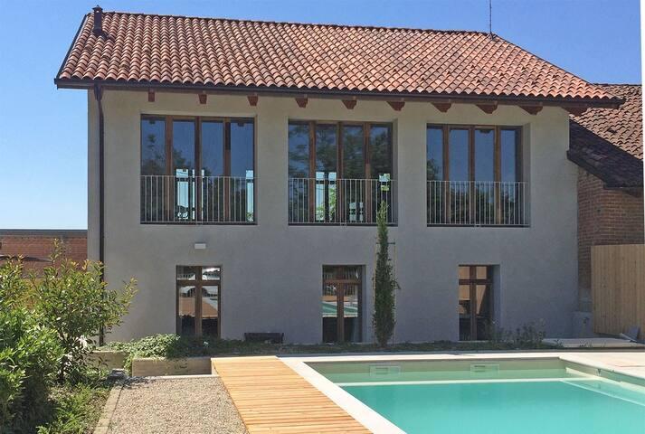 Vakantiehuis met zwembad - Piëmonte, Italië