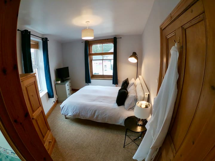 En-suite Double Room in the Heart of Salisbury