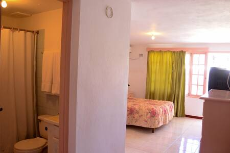 Marine View Hotel - Bed & Breakfast