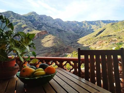 Casa La Torna-Confortable con magníficas vistas.