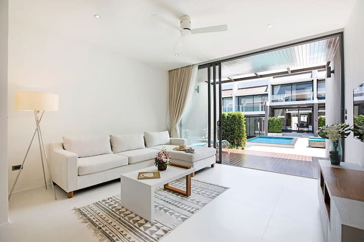 Choeng mon Modern 2BR  Villa (walk to the beach)