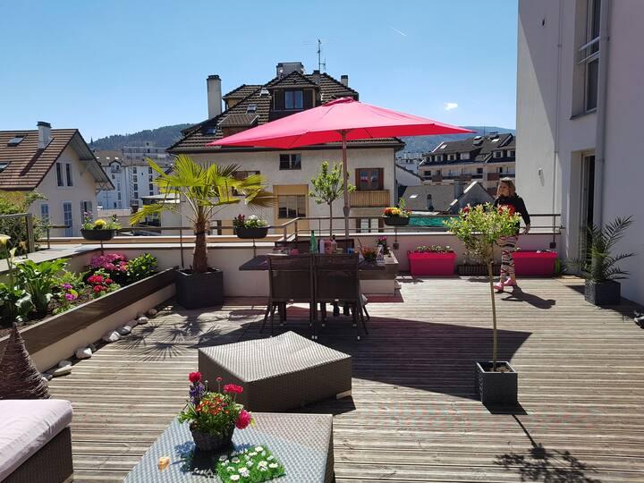 Bel appartement idéalement situé dans Annecy