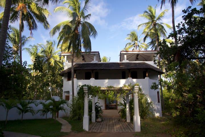 Yin Yang House, Watamu Kenya