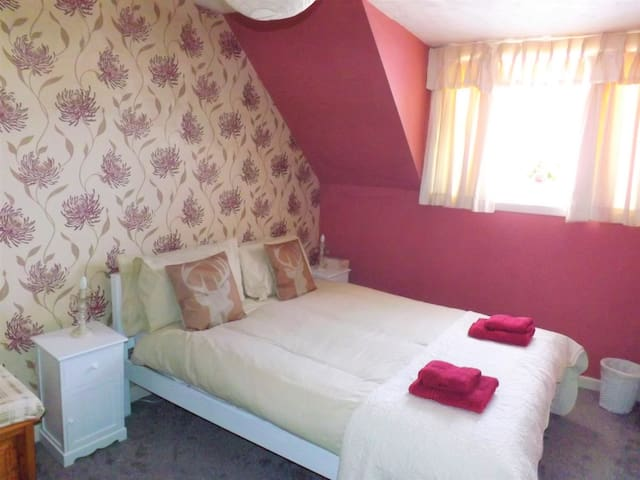 Clarion Cottage - Double Room 2