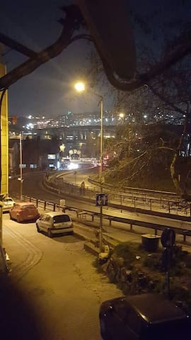 NEAR GOLDEN HORN, PUBLIC TRANSPORT - Eyüp/İstanbul - Huoneisto