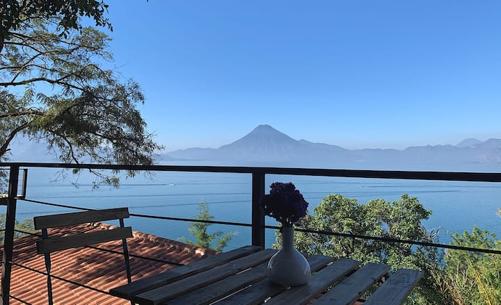 Casita Tzunun'ya Stylish Casita w/ stunning views
