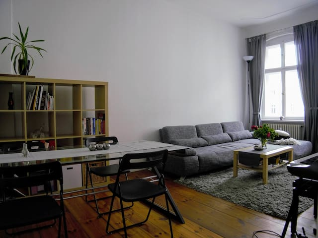 Lovely two-room flat in Charlottenburg