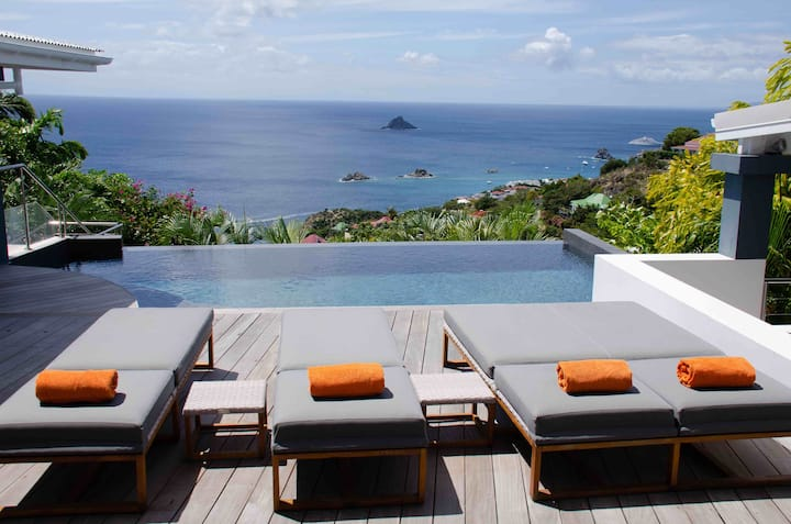 Stay 7 nights pay 6 until Dec 15 - 3 Bedrooms-