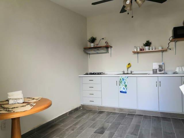 Departamento Frida-Excelente ubicacion c/cocineta