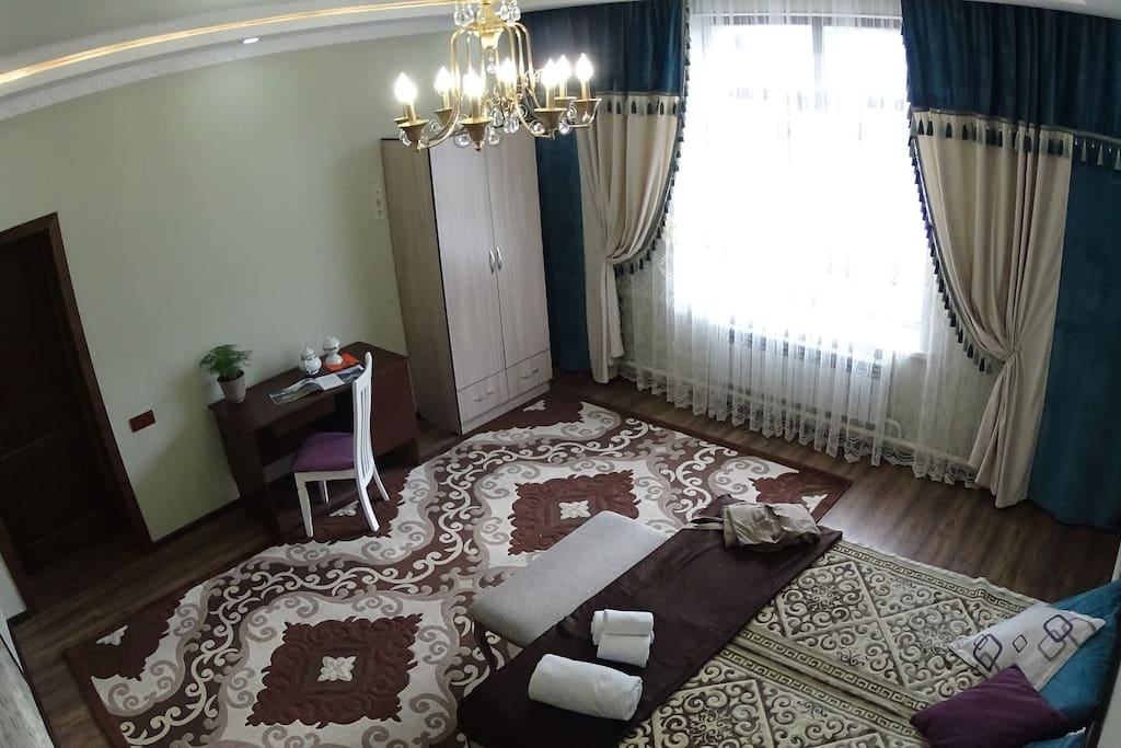Additional picture of the suite room.