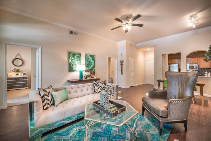 Clean apt just for you   1BR in Fort Worth