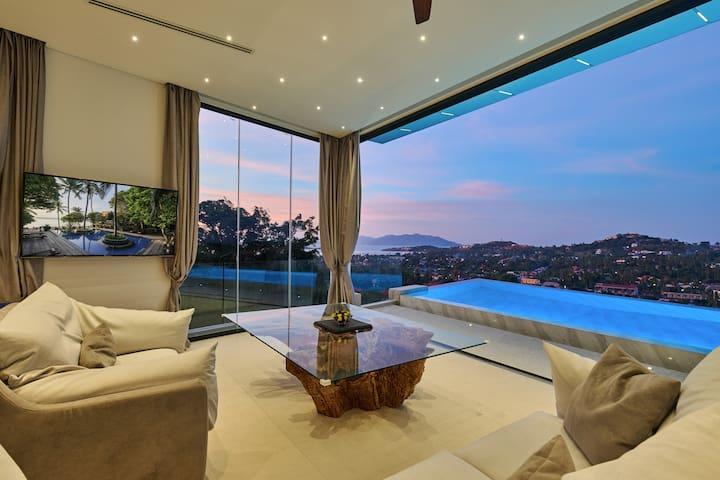 Honeymoon seaview pool suite