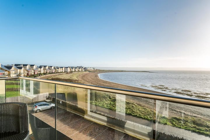 Gower View Beach Apartment on Welsh Coastal Path