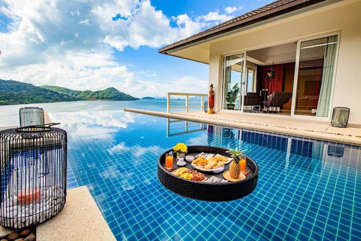 D-Lux breath taking 5 bed sea view villa in Ao Po