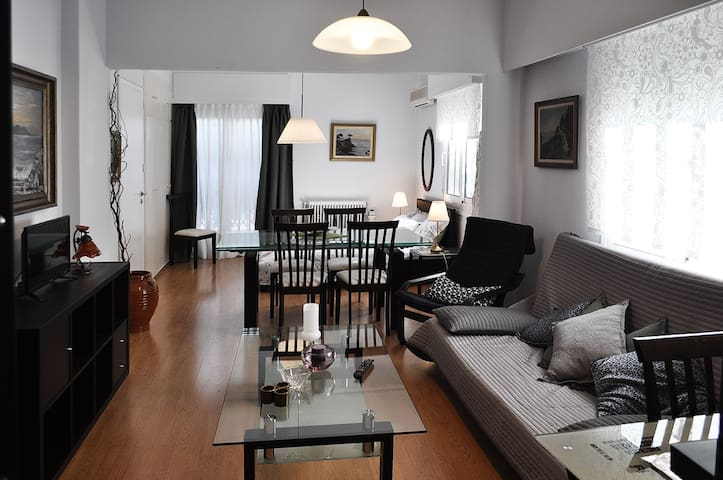 Awesome home100m to metro station,airport-syntagma