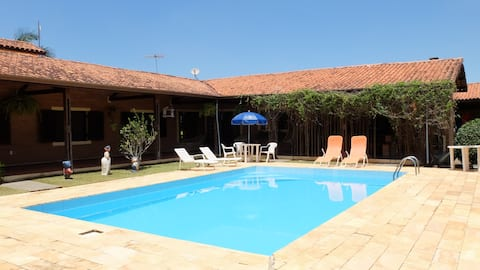Atibaia配備泳池的完整農場