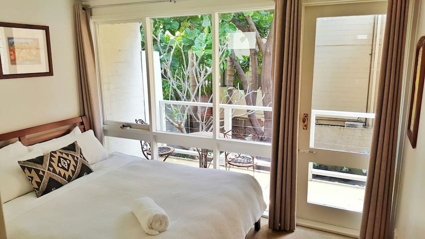 Balcony Room - Fig Tree House - Woolloomooloo - Haus
