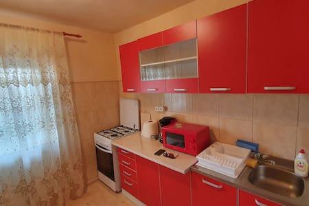 Cazare Sulina in Apartament Deny [decomandat]
