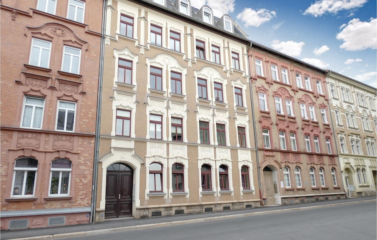 Holiday apartment with 1 bedroom on 49m² in Gera
