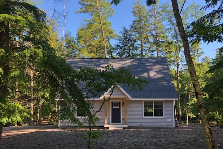 Arbor Pines - Vacation near downtown Glen Arbor