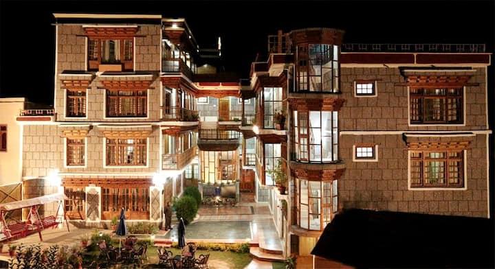 TIH Hotel Royal Palace - Leh
