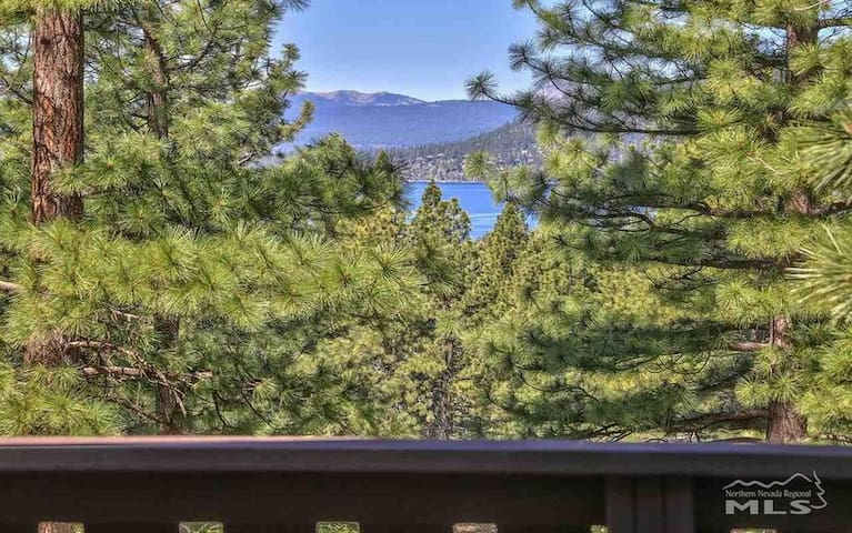 Expansive View/ Lake View Newly Renovated  Chalet