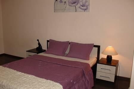 Одна из лучших квартир в городе, идеально чисто - Novocherkassk - Appartement