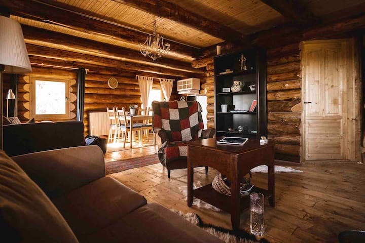Transylvania's Heaven Log Cabin - Self Check-In -