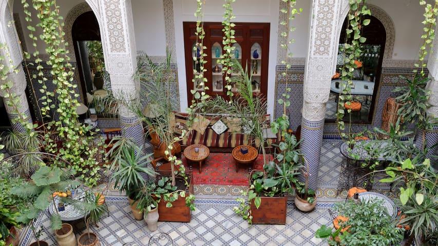 Riad Al BARTAL et table d'hôtes Fès - Fes