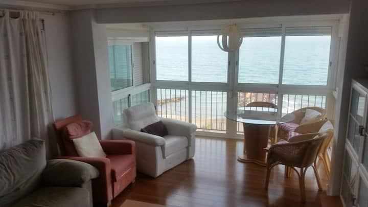Apartamento  a  50 metros de la  playa