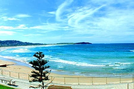 Bright Beach Apartment 200m walk to Dee why Beach - Dee Why